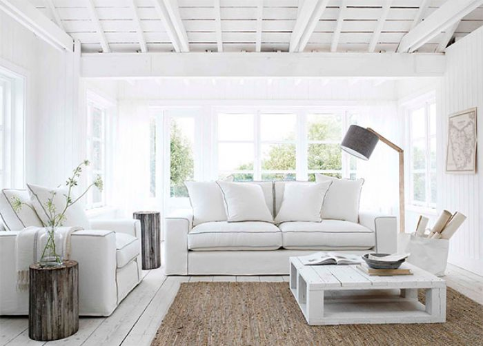 Styling Tips to Emphasize Your White Interiors