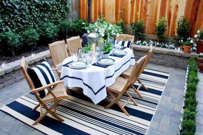 Here's How to Have a Beautiful Outdoor Dining Area